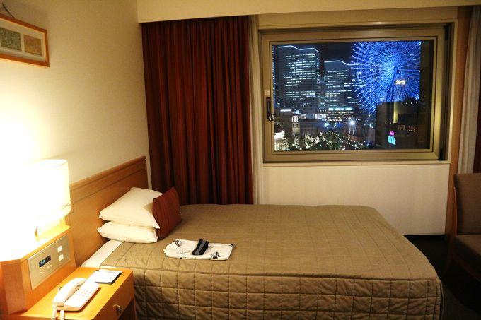 まるで宝石!窓から溢れるみなとみらい・横浜の夜景!