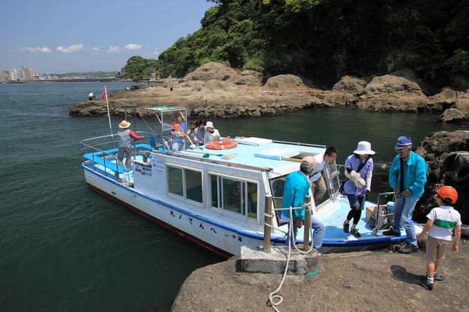 午後:江の島満喫!乗船〜江の島岩屋〜江の島シーキャンドル