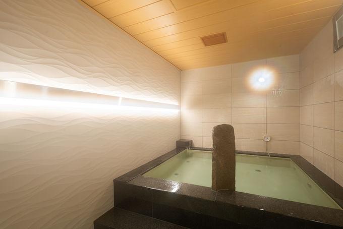 カプセルホテルでは超レア!貸切風呂でゆったり