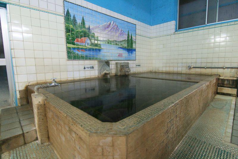 ノスタルジックな温泉施設!大分市「あたみ温泉」は心に沁みるモール泉
