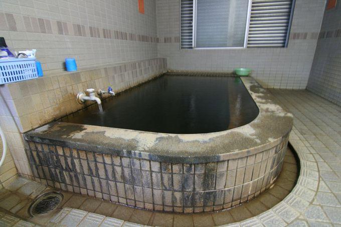 大深度地熱温泉の真っ黒モール泉