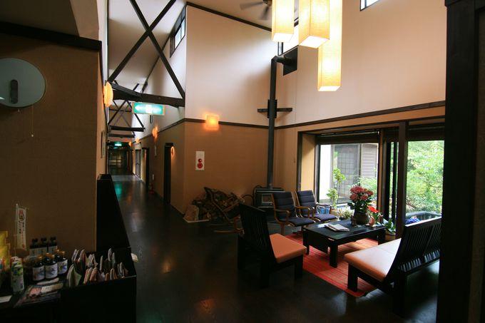 静かな温泉地の静かな湯宿「友喜美荘」