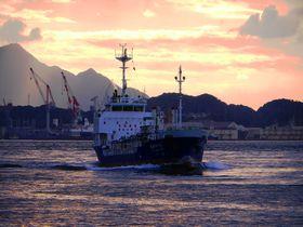 門司港レトロからすぐ!夕日がきれいな「めかり観潮遊歩道」