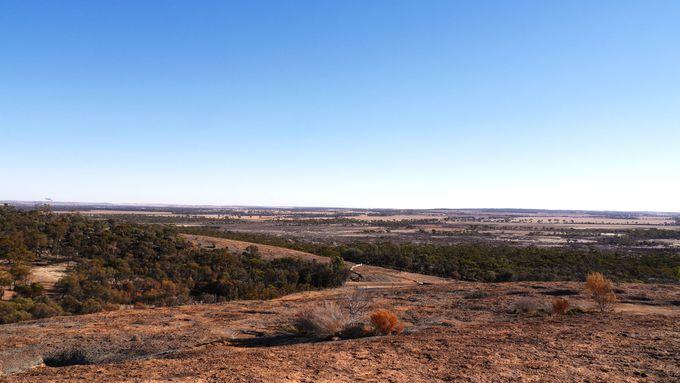 360度の地平線が楽しめる「ハイデンロックウォーク」