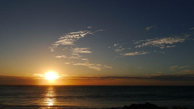 大感動!インド洋に沈む雄大な夕日