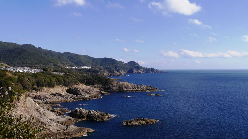 足摺岬から車で10分!黒潮の見える絶景スポット「鵜の岬展望台」