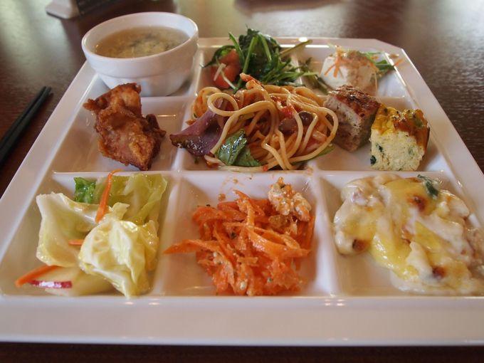 「大地のレストランで」健康に配慮されたメニューのバイキングを!