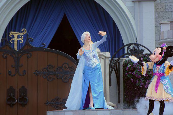 「マジックキングダム・パーク」のショーにも『アナ雪』キャラクターが登場