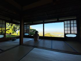 山の上から濃尾平野を見渡す絶景!岐阜の隠れ名寺・行基寺