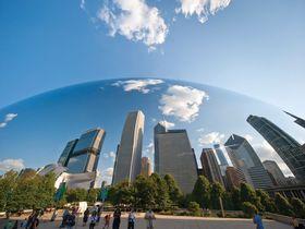 シカゴ・ミレニアムパークで自然と都会とアートの共演を満喫