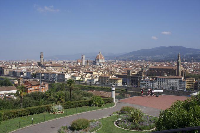 フィレンツェの三大観光スポットの1つ「ミケランジェロ広場」とは