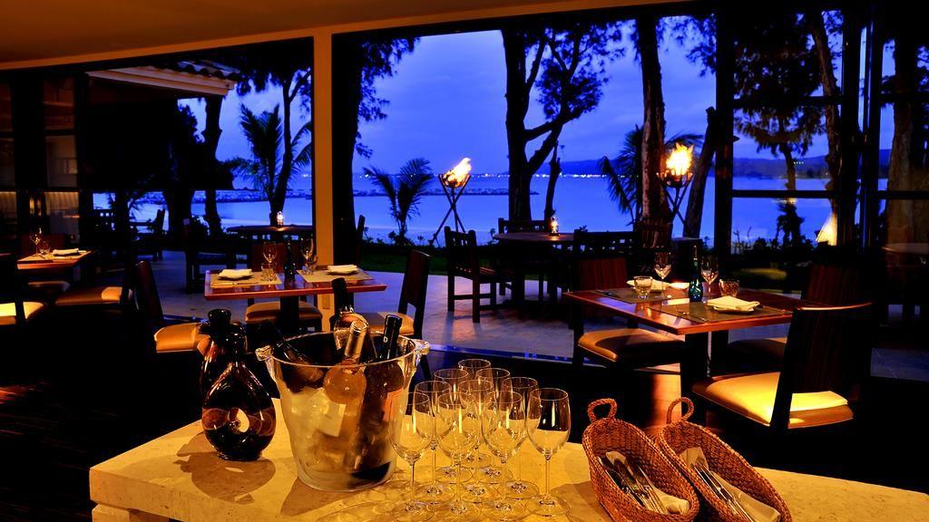 沖縄でカップルに人気のホテル!ツアーで泊まれるおすすめ10選