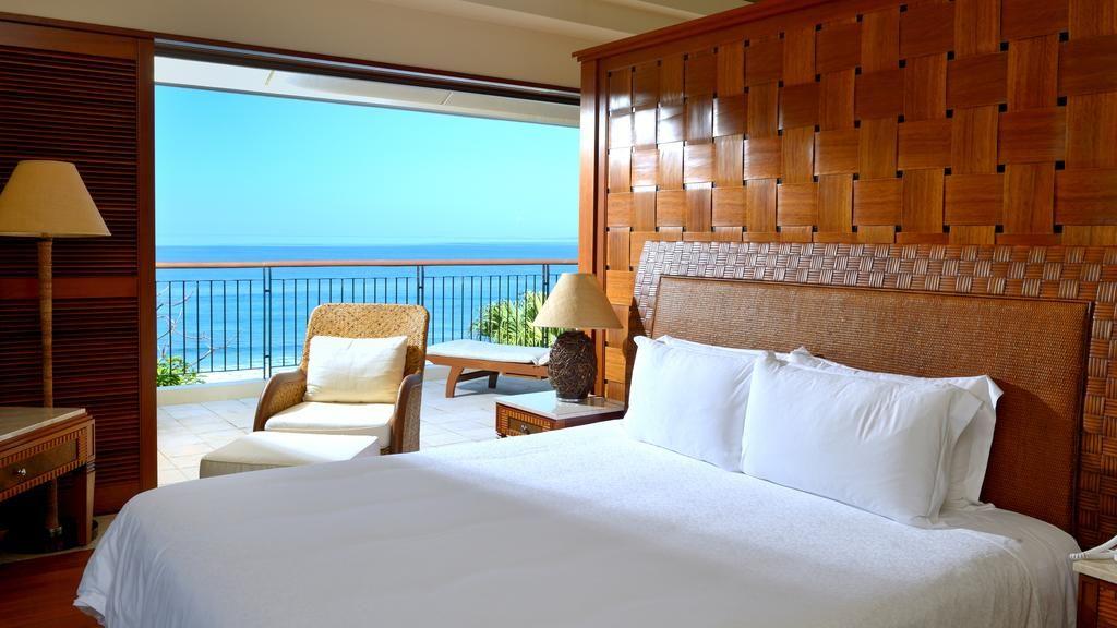海や自然を身近に感じられる、ゴージャスな客室