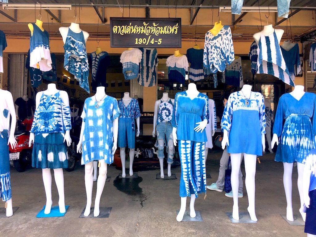 インディゴの町、プレーで藍染め体験