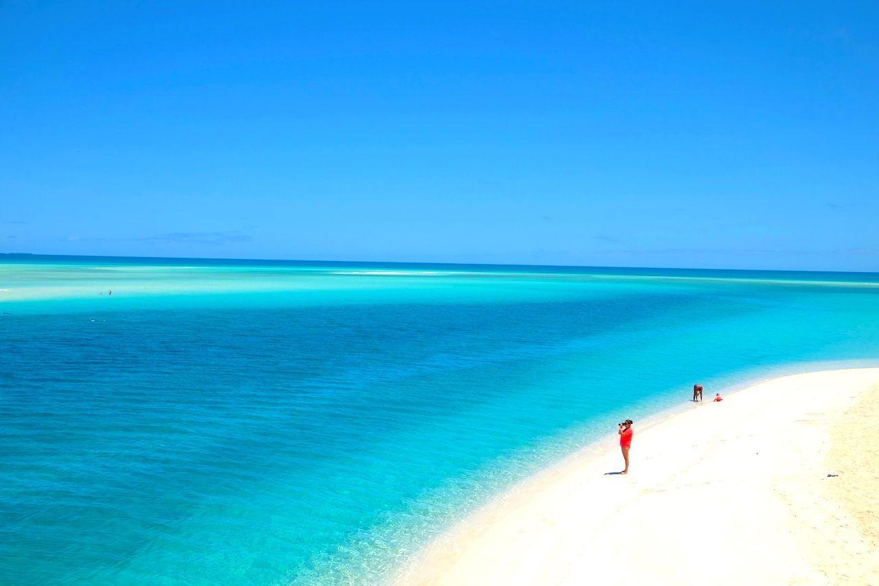 ニューカレドニアの離島「ウベア島」で青の絶景に溺れる