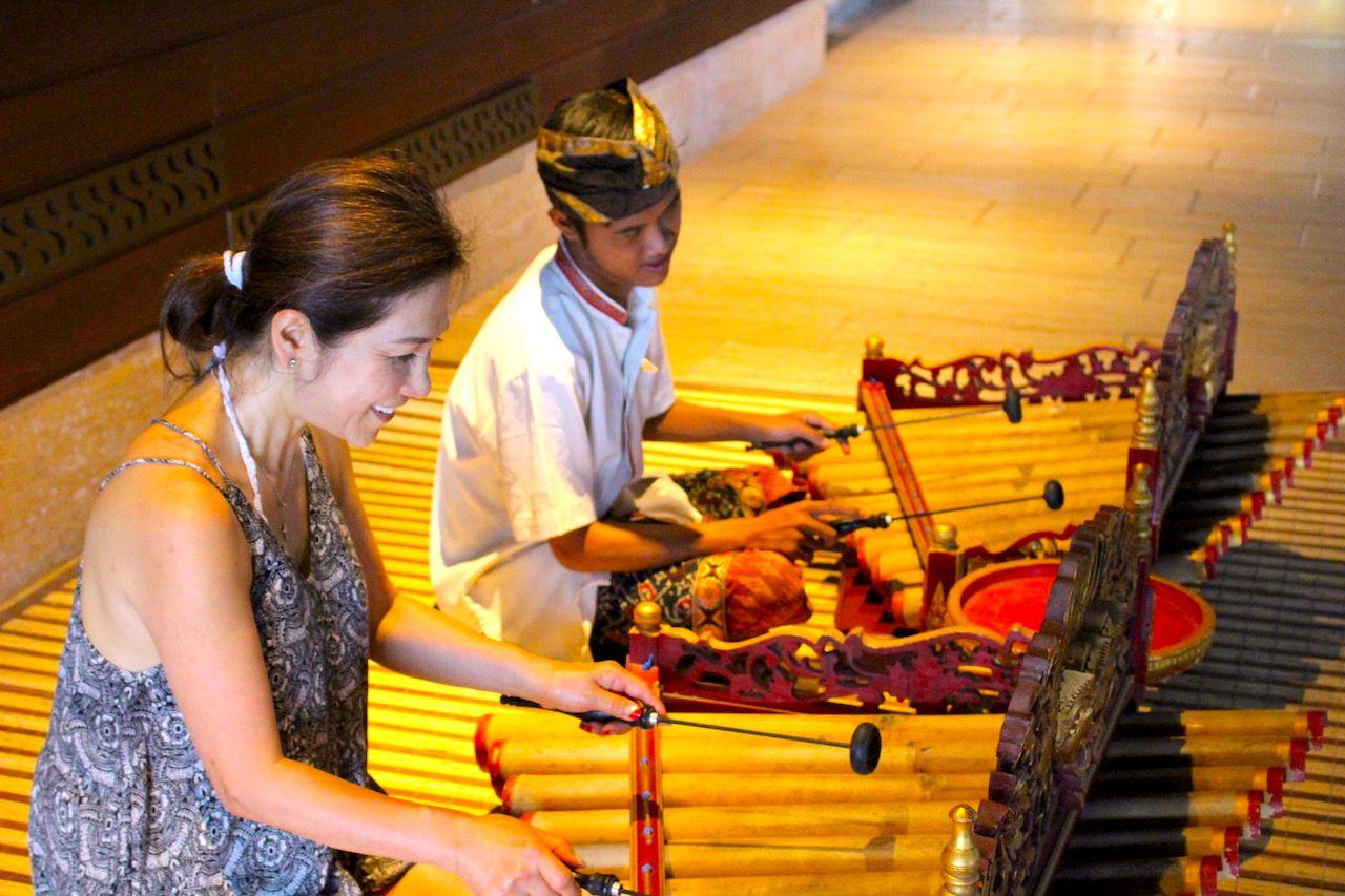 ガムラン楽器に触れて、ディープなバリを体験