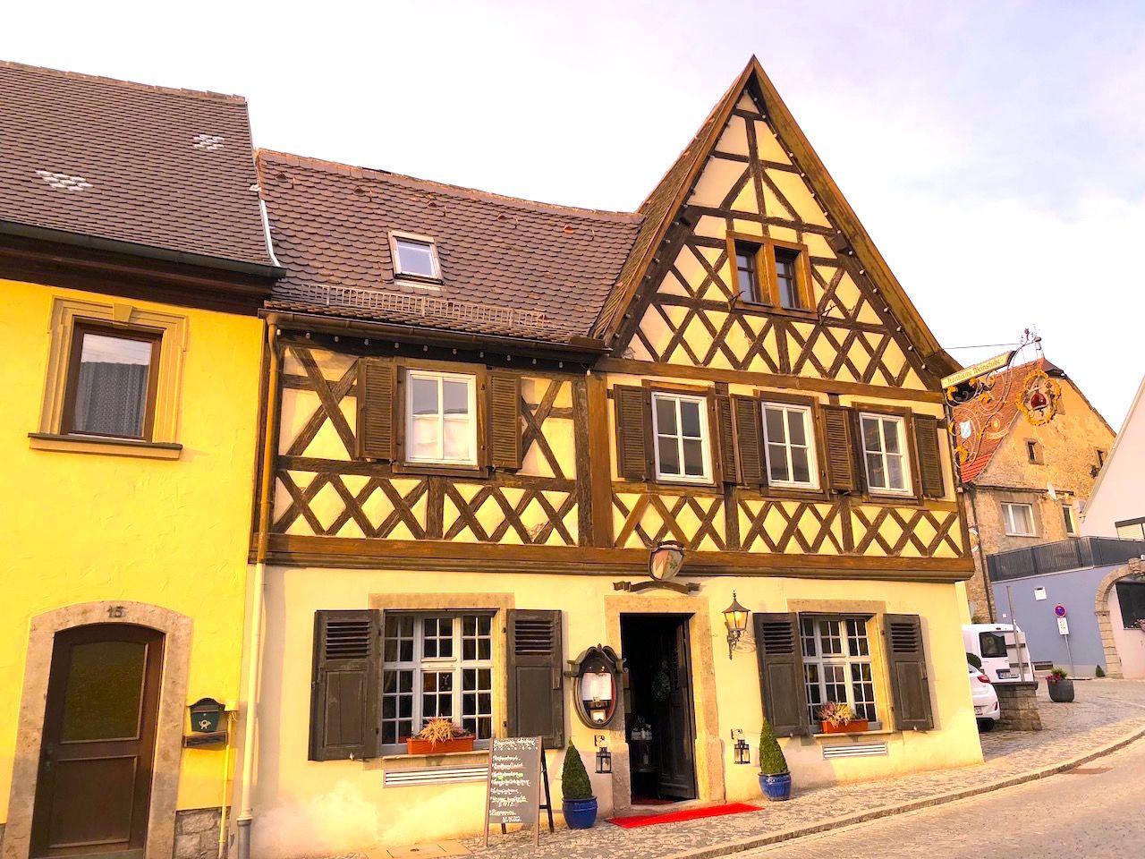 まるで童話の世界!フィリッケンハウゼンでドイツの郷土料理を堪能