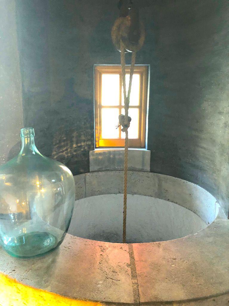 いまだにワイン発酵の香りがする醸造所ホテル