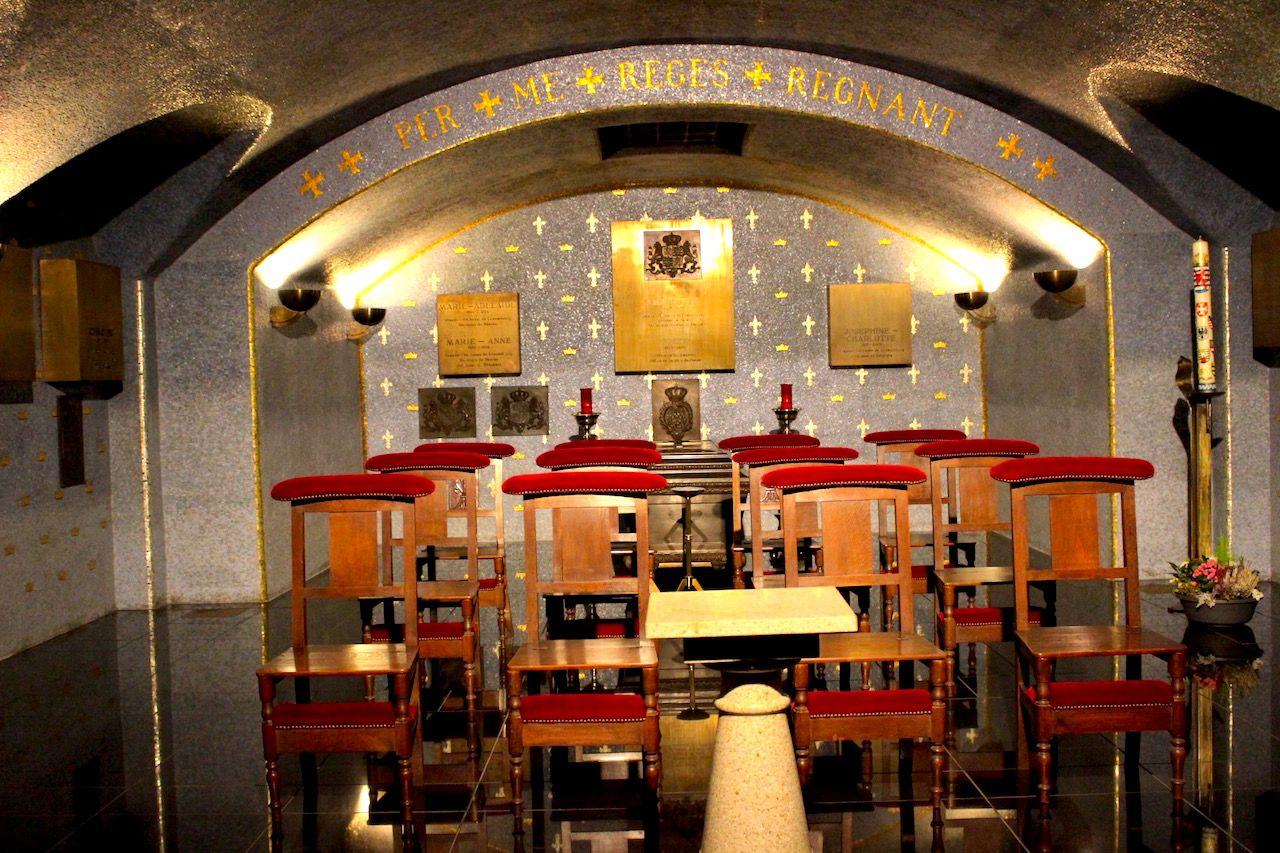 ステンドグラスとパイプオルガンに圧倒!ノートルダム大聖堂