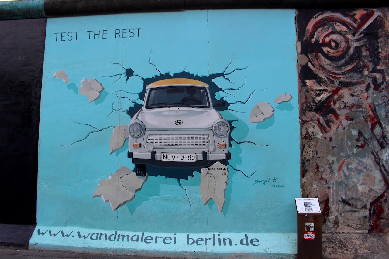 現存するベルリンの壁は、アートギャラリーに!
