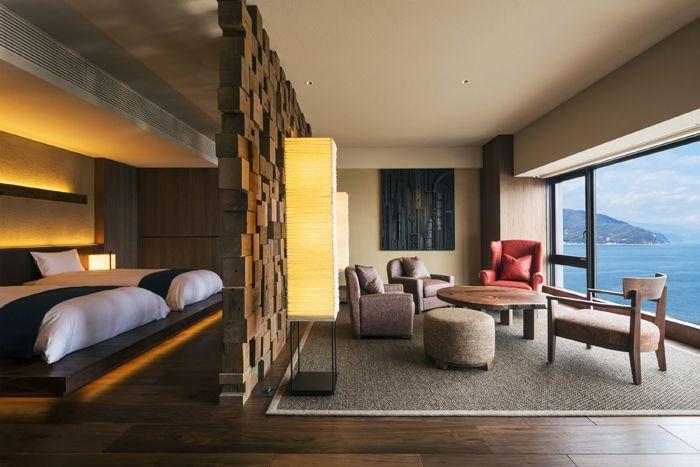 伊東の新温泉旅館。星野リゾート 界 アンジンで海とアートを満喫する旅を