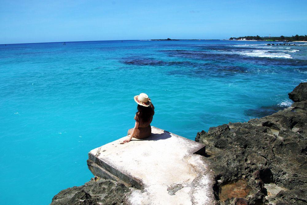 テニアン島を日帰りで絶景巡り。心打たれる宝石のような海へ
