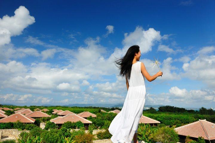 極上の癒しを自分へのご褒美に。星のや竹富島「島風よんなー滞在」