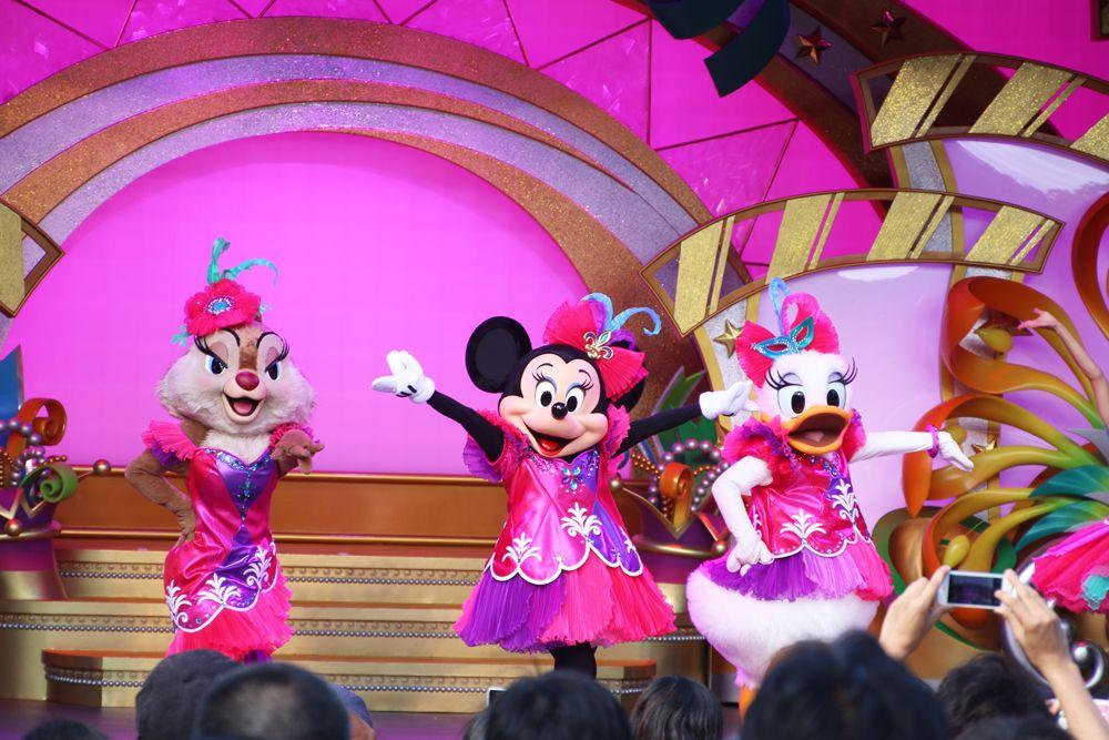 ミッキーマウスとグーフィ&マックスのダンスシーンに注目!