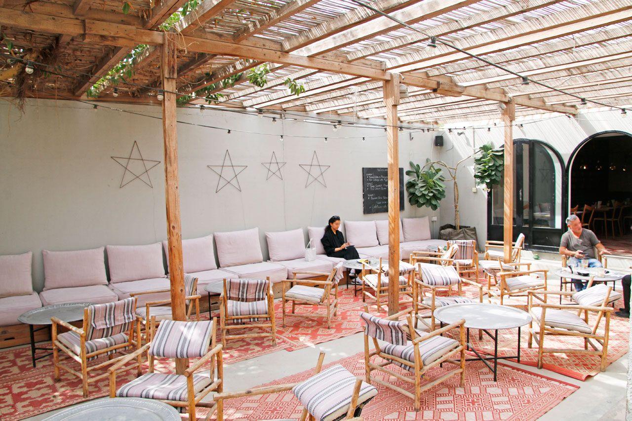 ドバイのおしゃれさんに人気のカフェ「コントワール 102」