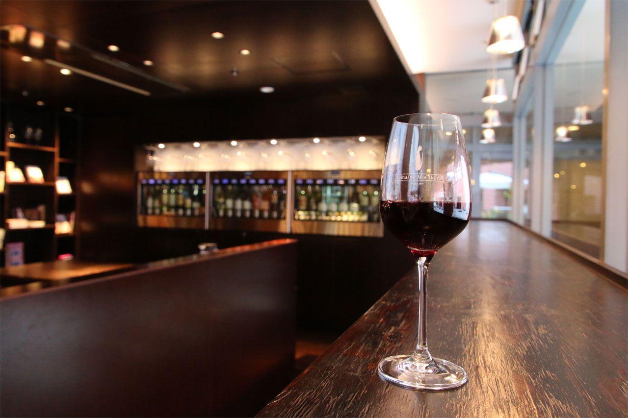 スパ後は「飲むワイン」も楽しもう