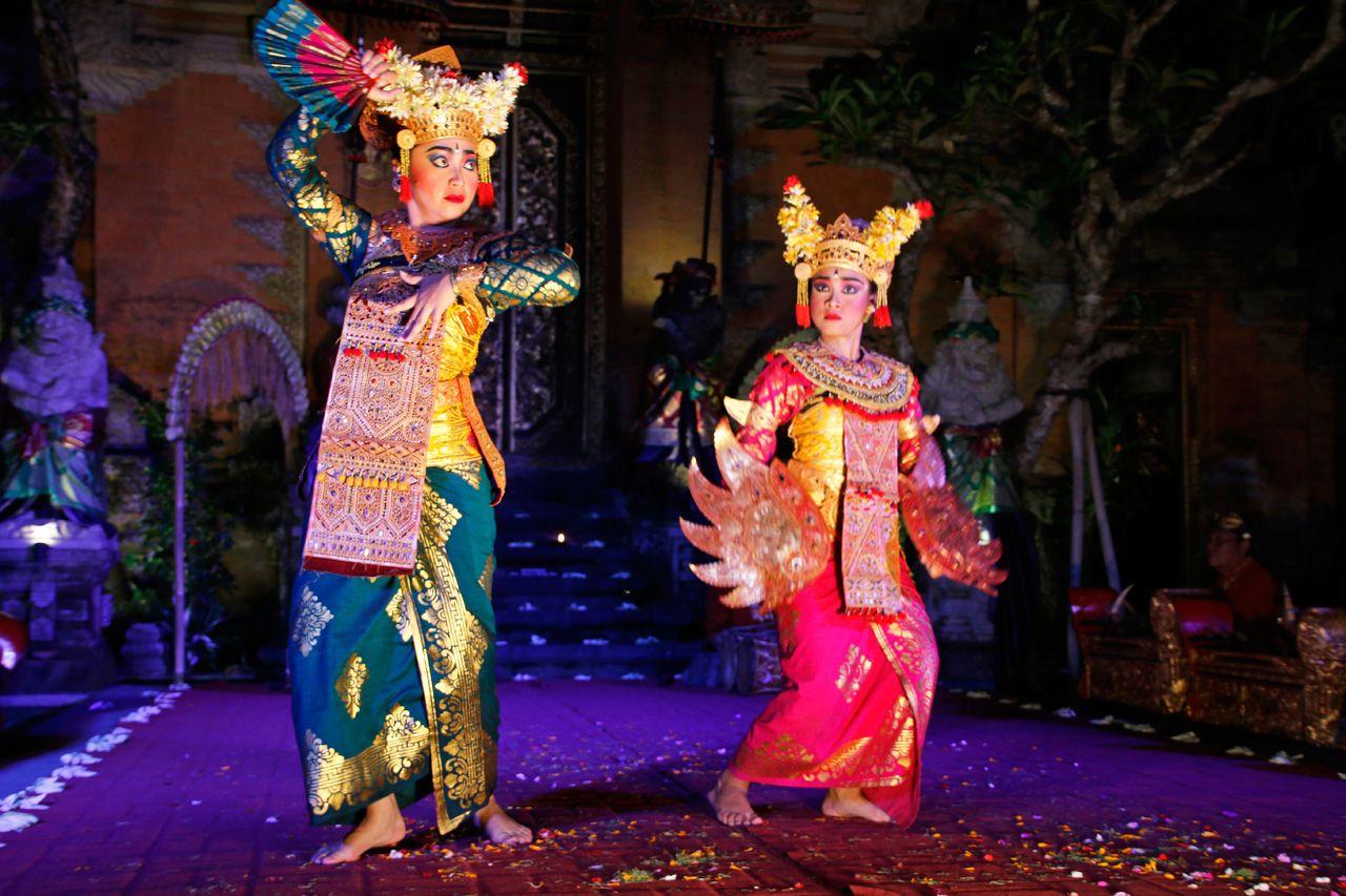 バリ女性舞踊の最高傑作!「レゴンダンス」