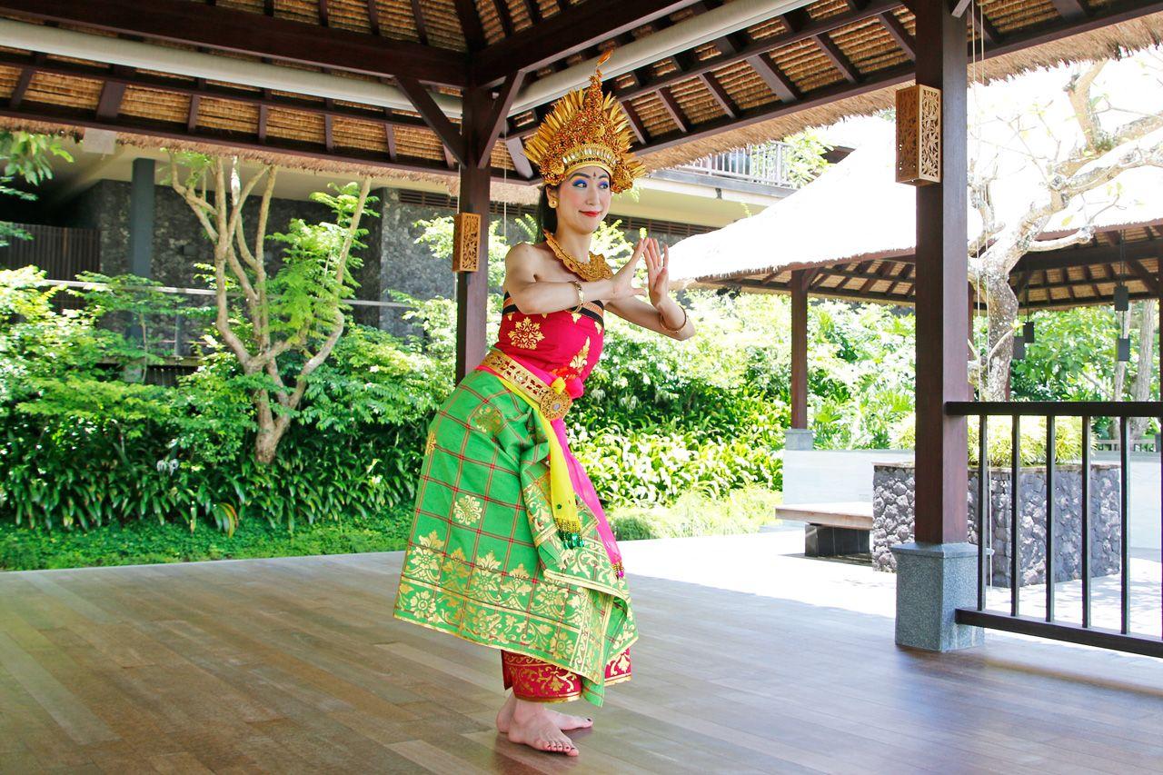 文化を通して美人修行。衣装も着れちゃうバリ舞踊体験