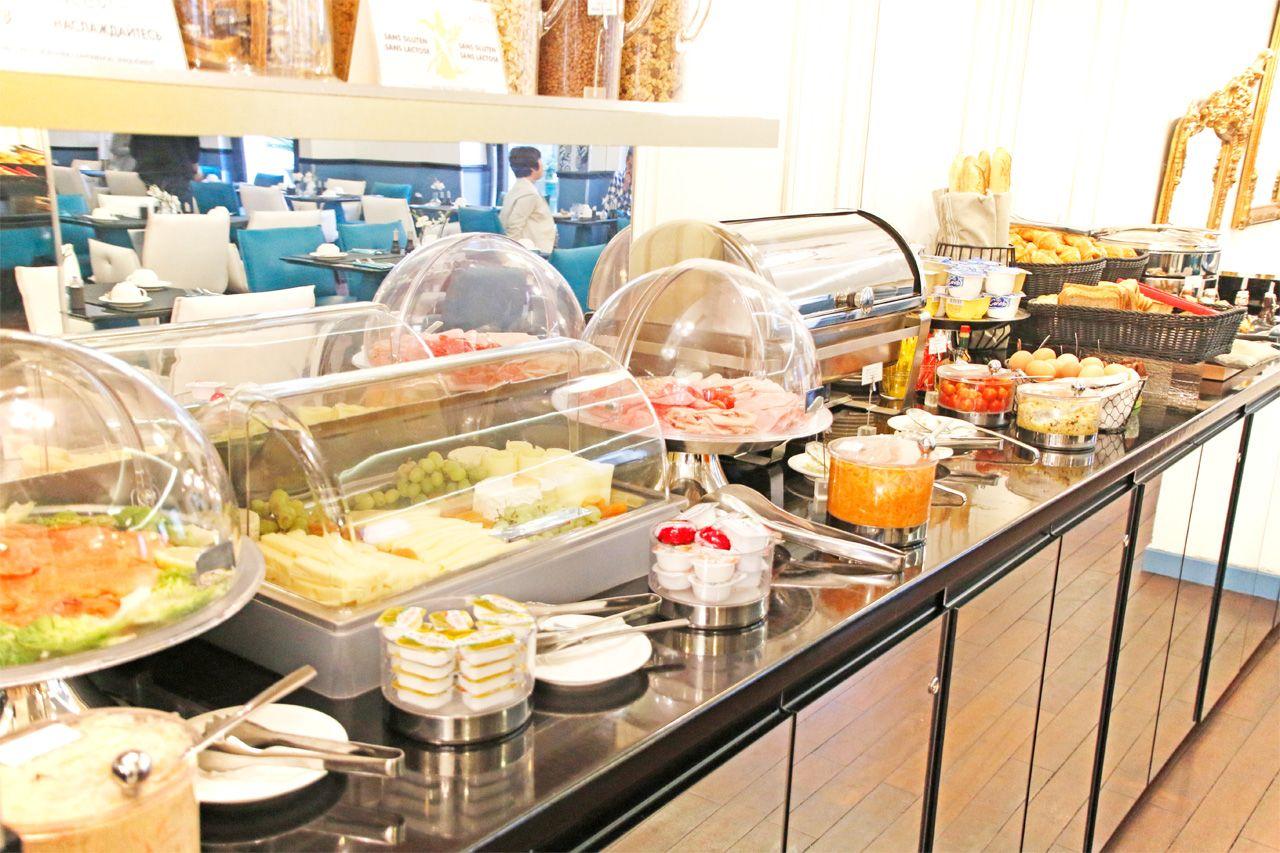 パリの朝は、美味しいパンから。選べる朝食ビュッフェ