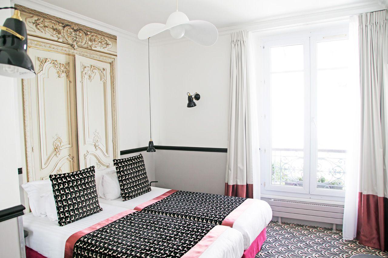 ソフトドリンク無料!白が可愛いおしゃれな客室
