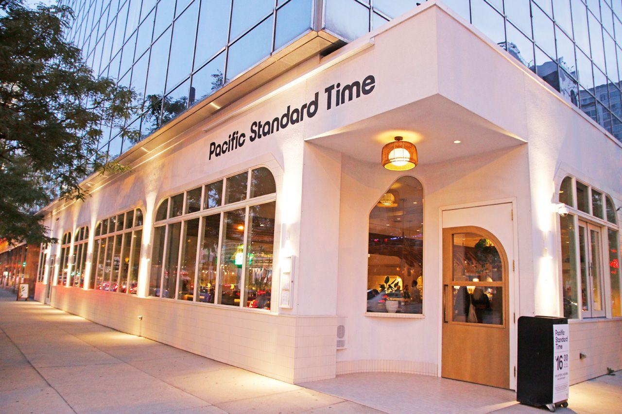 2.おしゃれなレストランならここ。Pacific Standard Time