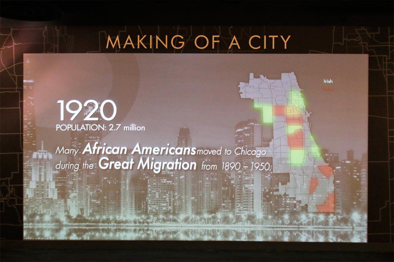 94階にある展望台へ!有名観光スポット「360シカゴ」
