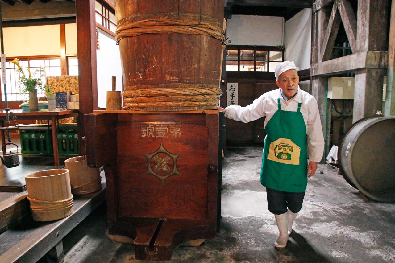 冬に新酒を味わおう。日本酒酒蔵見学&飲み比べバー