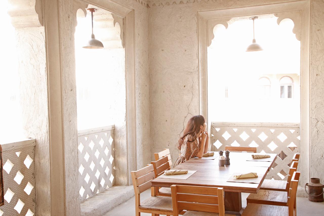 朝食ブッフェでエミラティ&中東料理を堪能