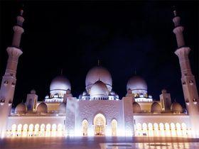夜も見学OK!アブダビ「シェイク・ザイード・グランド・モスク」