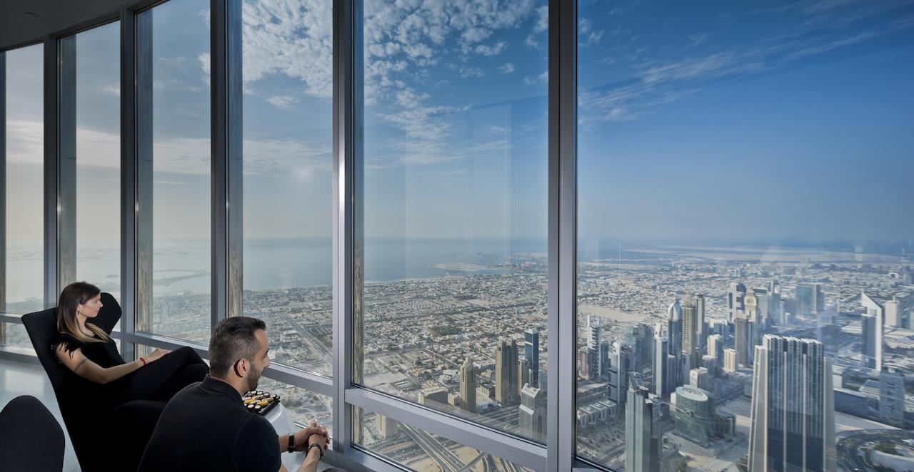 148階と152階〜154階にも展望台がある!