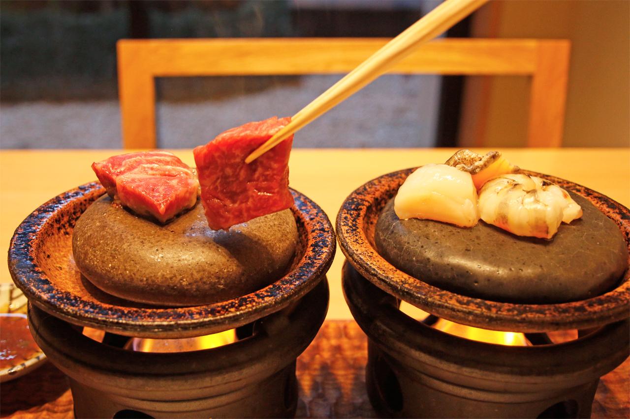 アートのような料理!ご当地感たっぷりの食事に舌鼓