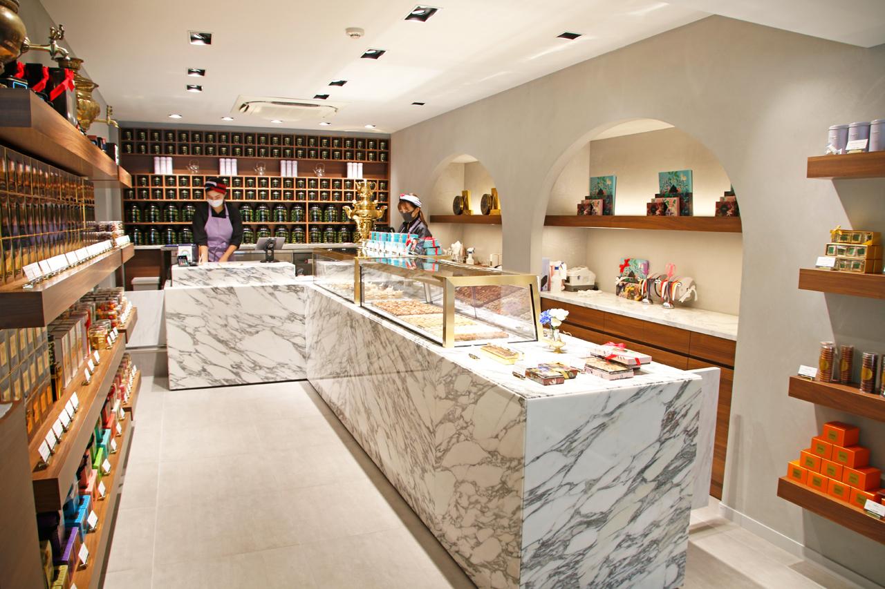 ドバイの高級菓子店上陸。VIVEL PATISSERIE TOKYOとは