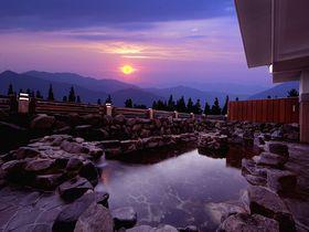 福井「スキージャム勝山」ゲレンデで温泉もオシャレも欲張りに楽しむ