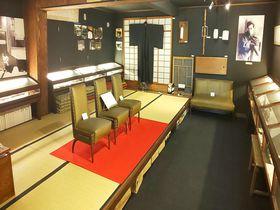 大阪「直木三十五記念館」直木賞のルーツにふれる隠れ家のような記念館