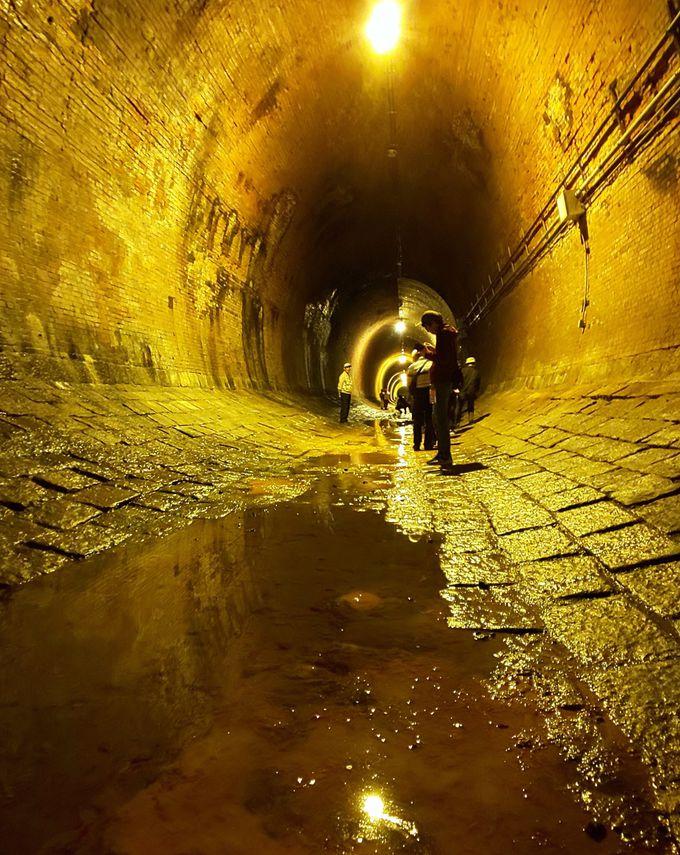 タイムトラベルをさせてくれるようなトンネル