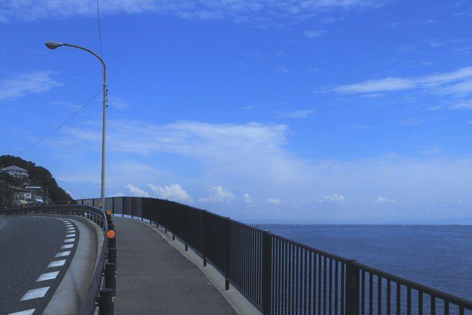 山と海の間を駆け抜ける神戸イチの海路線「塩屋〜舞子」