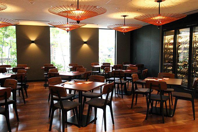 美食の地の素材が楽しめるレストラン