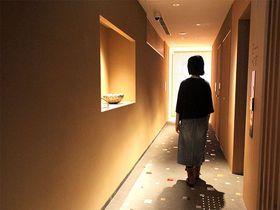 京都・河原町近く「ENSO ANGO FUYA I」ホテルでアートと暮らす非日常