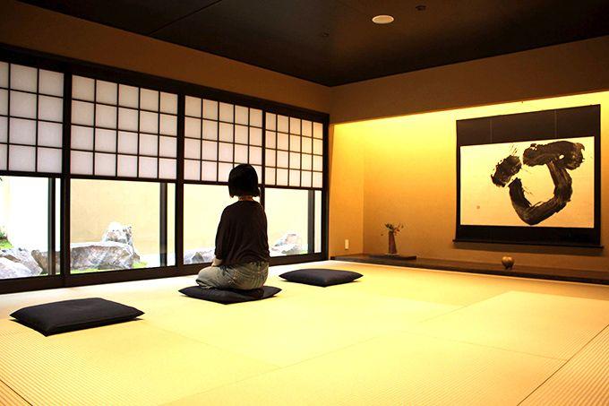 日本初!ホテルで本格坐禅体験