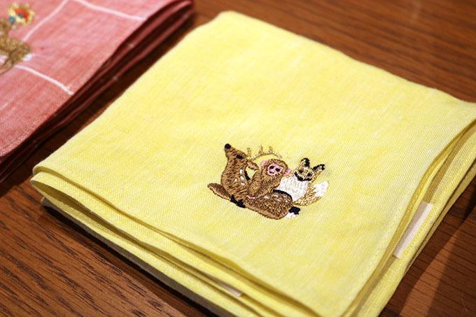 オリジナル刺繍入りのハンカチ